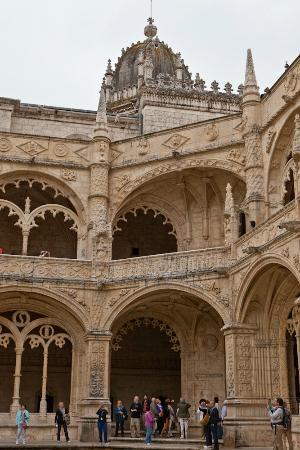 Jeronimos-klostret  (Mosteiro dos Jeronimos): Courtyard