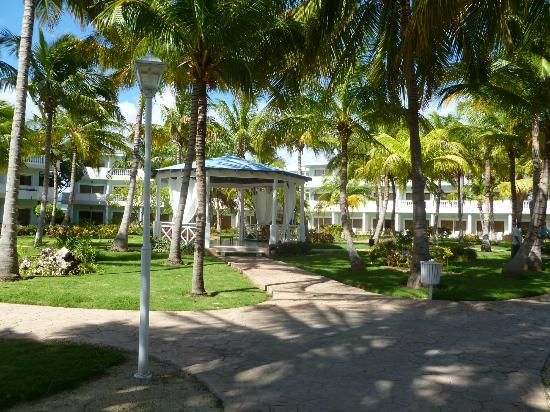 Melia Cayo Guillermo: outside our room