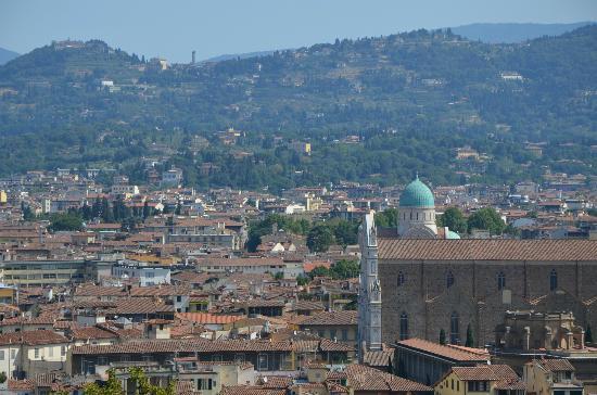Relais Villa Jacopone Suites: la collina di fiesole e Villa Jacopone da Villa Bardini