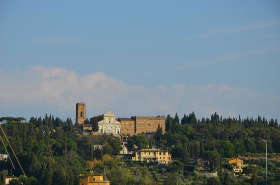 """Relais Villa Jacopone Suites: San Miniato al monte """"un gioiello"""""""