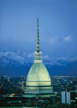 Turín, Italia: Una città veramente magica, venite a visitarla!