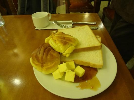 Kingston Hotel: Breakfast