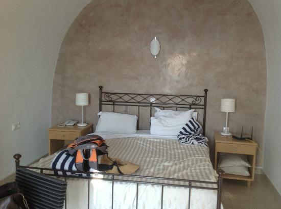 Celestia Grand: master bedroom, Villa Aphrodite