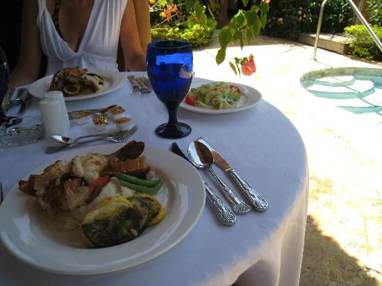 Sandals Negril Beach Resort & Spa: Lobster lunch setup by Denato!