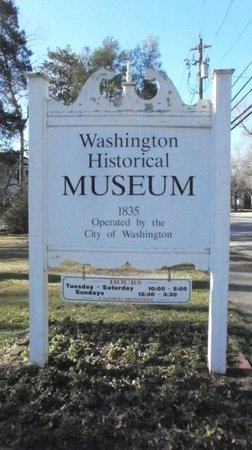 ‪‪Washington‬, جورجيا: Washington-Wilkes Historical Museum sign, Washington, GA