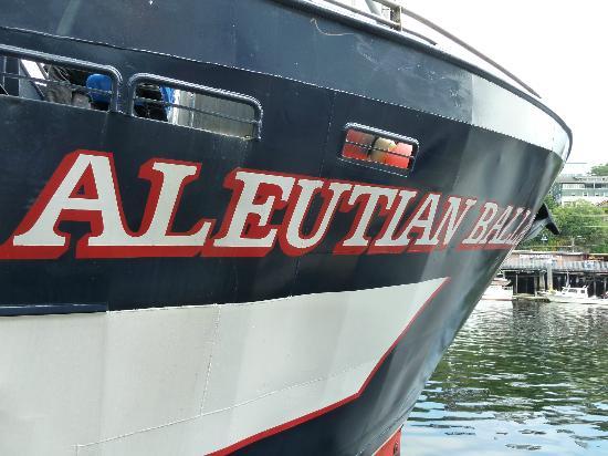 Bering Sea Crab Fishermen's Tour: Aleutian Ballad !!