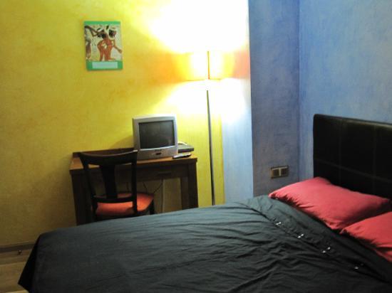 Hotel Rural Cervera: HABITACION Nº 8