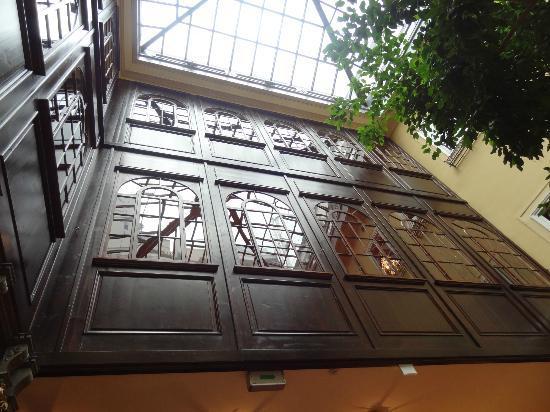 Hotel Konig Von Ungarn: Interior skylight