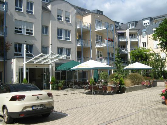 Residenz am Zuckerberg: Hotel front with courtyard