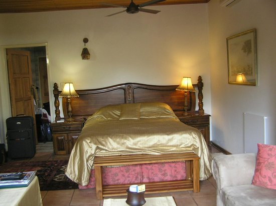 Santa Lucia Guesthouse : Our room