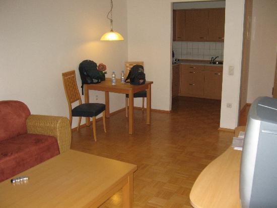 Residenz am Zuckerberg: Dining Area Room #140