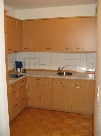 Residenz am Zuckerberg: Kitchen in Room #140