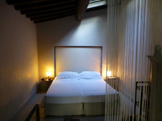Riva Lofts Florence: Room 9 - bedroom 