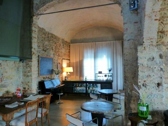 Riva Lofts Florence: Breakfast area 