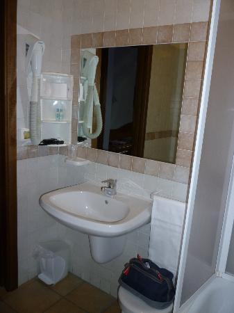 Hotel Duca Della Corgna: il bagno