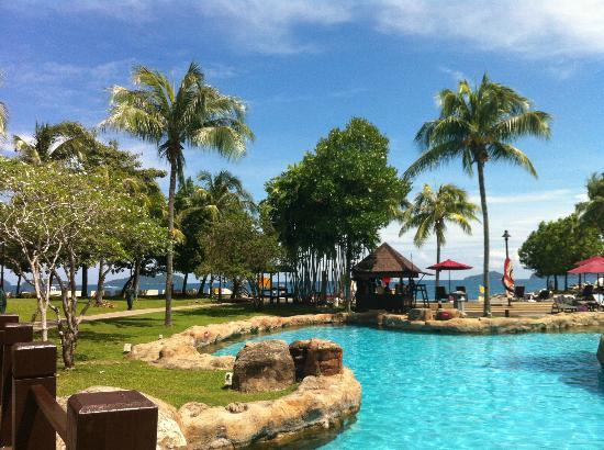 Sutera Harbour Resort (The Pacific Sutera & The Magellan Sutera) : pool