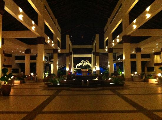 Sutera Harbour Resort (The Pacific Sutera & The Magellan Sutera): nice lobby