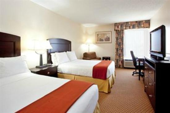 Holiday Inn Express Chester: The Room
