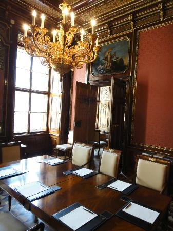 Palais Coburg Hotel Residenz: 歴史を感じる部屋
