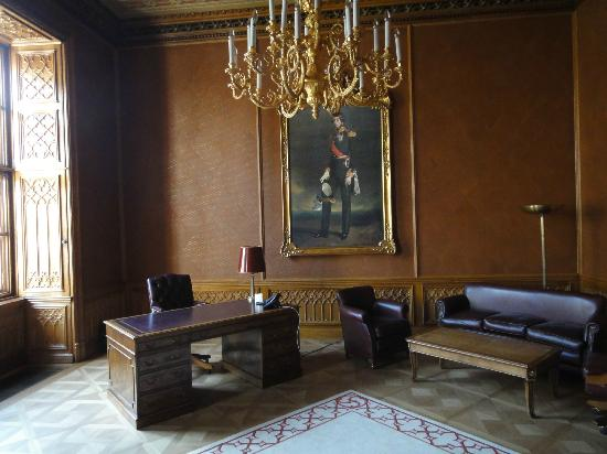Palais Coburg Hotel Residenz: 仕事机