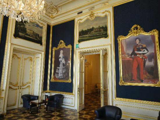 Palais Coburg Hotel Residenz: 歴史的な部屋