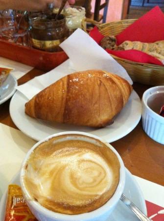 Interno5: Colazione del Buongiorno!!