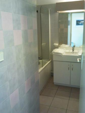 Pierre & Vacances Residence Les Rivages de Rochelongue: Salle de bains