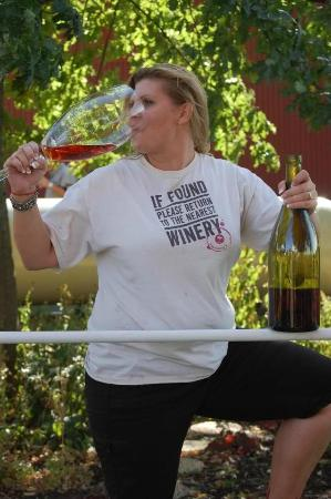 Galena Cellars Winery & Vineyard: Wine drinking and Wine Stomping.....Heaven