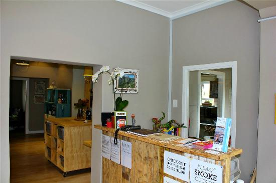 The Backpackers in Green Point : Reception