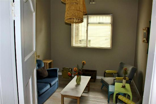 The Backpackers in Green Point: Library and Reading Room