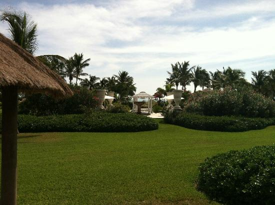 Sandals Emerald Bay Golf, Tennis and Spa Resort: Wedding Garden