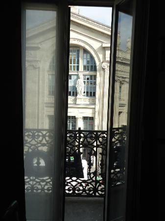 Kyriad Paris 10 - Gare Du Nord : one of the windows in our room