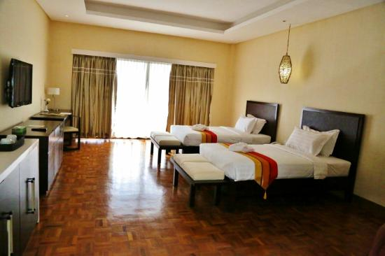 The Oriental Hotel Leyte: The other room