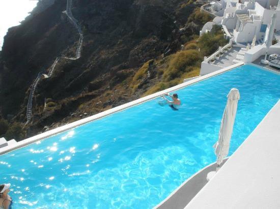 Katikies Hotel: The infinity pool