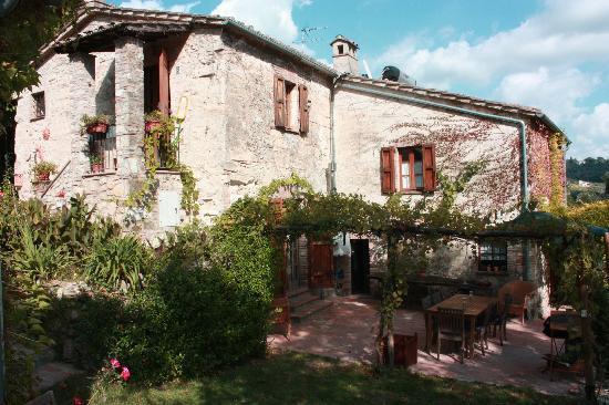 La Fontana: Main house and terrace