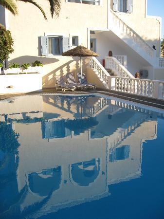 Stelios Place: Pool taken from bar/breakfast area.