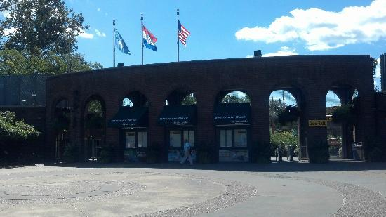 St. Louis Zoo: South Entrance