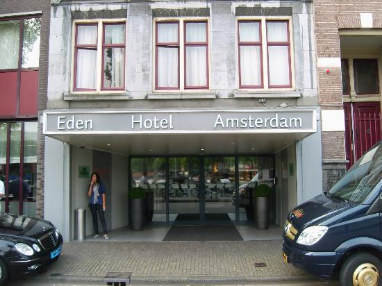 From the canal boat picture of hampshire hotel eden for Eden hotel amsterdam