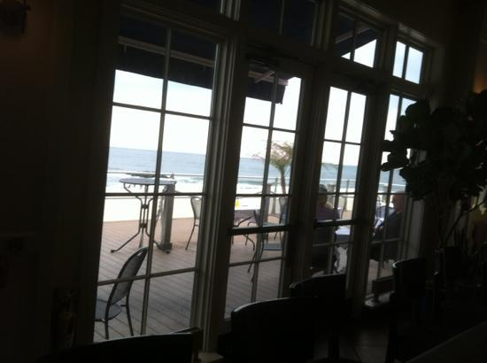 Sirena Risorante: ocean view from the bar