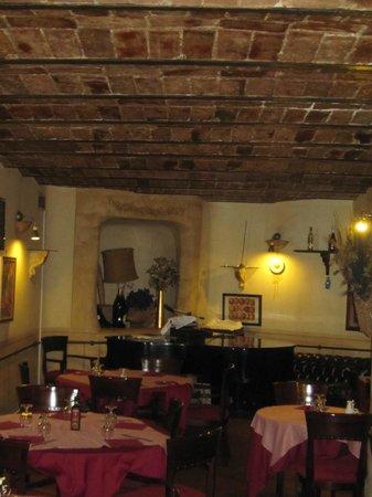 L'Archetto: downstairs of restaurant