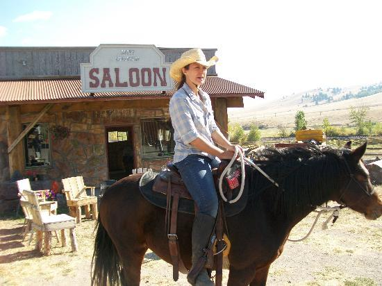 Rocking Z Guest Ranch: getting ready to ride up a mountain