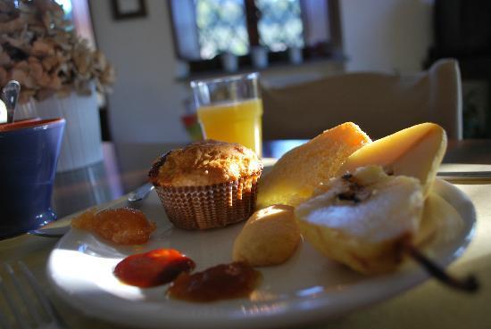 Agriturismo Cioccoleta: Breakfast-Yum!