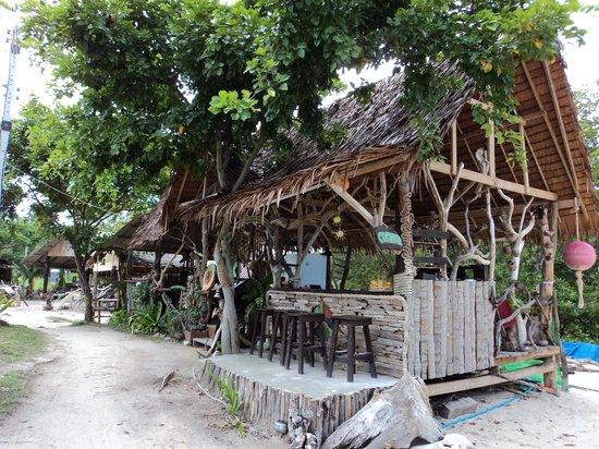 Oasis bar & restaurant Phi Phi Island 사진