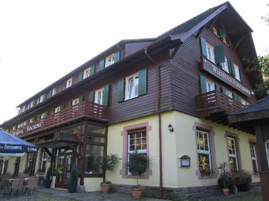 Waldhotel Forellenhof: The hotel