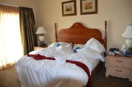 Hilton Grand Vacations at Tuscany Village : bedroom