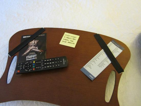 Hampton Inn & Suites Williamsburg Historic District: Post-it note