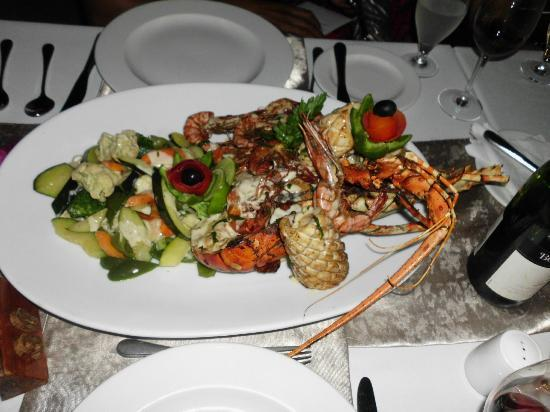 Sea Cliff Resort & Spa: Great food