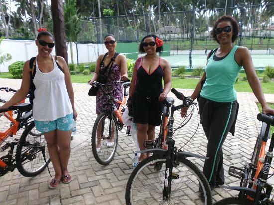 Sea Cliff Resort & Spa: bicycle ride
