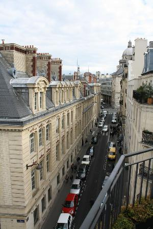 Grand Hotel Saint-Michel: Views from the room
