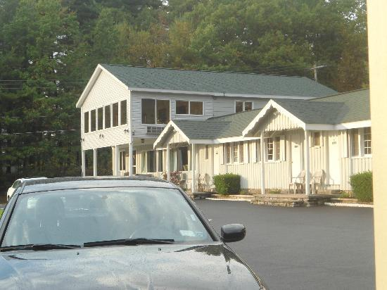 Studio Motel of Lake George: Front view from room
